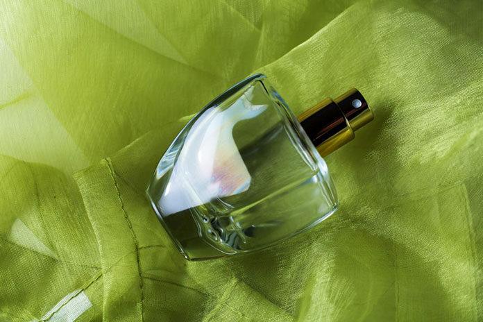 Damskie perfumy o zapachu jabłka